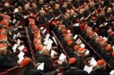 Il guadagno del clero: ecco gli stipendi di sacerdoti, vescovi e papi