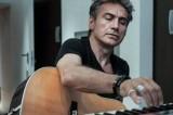Ligabue bacchetta il Pd e presenta il nuovo album Mondovisione