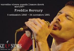 Freddie Mercury, 22 anni fa moriva la leggenda dei Queen