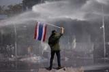 Thailandia nel caos: si dimette l'opposizione