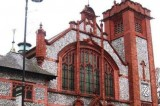 FOTO A Londra le chiese si trasformano in pub notturni