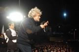Grillo risponde al #passodopopasso di Renzi: sarà #tassadopotassa