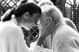 Milano, il progetto legami di cura e gli Alzheimer cafè a rischio