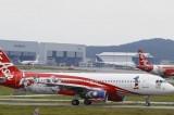 Airbus Air Asia scomparso: trovati resti attribuibili ad aereo in mare