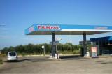 Guasto pompa Tamoil: assalto degli automobilisti alla benzina gratuita