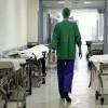 Lecco, truffa all'ospedale: medici segnavano turni da 26 ore al giorno