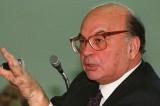 Craxi: 15 anni fa moriva il simbolo della corruzione italiana