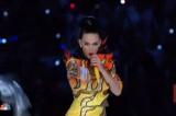 VIDEO Katy Perry, l'esibizione completa all'halftime show del Super Bowl