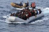 Migranti, spari contro un gommone diretto in Italia: un morto