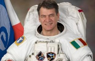 Nespoli, il 60enne italiano va in orbita per la terza volta