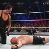 VIDEO Battleground 2015 WWE/ Wrestling. The Undertaker stende Lesnar