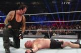 VIDEO Battleground 2015 WWE/ Wrestling. The Undertaker stende Lesnar