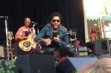 VIDEO – FOTO Lenny Kravitz nudo suo malgrado, le 'pene' dello showbiz