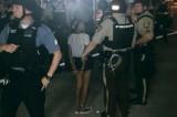 Ferguson: foto della minorenne arrestata indigna il web