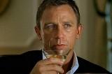 """Daniel Craig, il James Bond più """"alcolizzato"""" di tutti i tempi"""