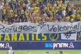 'Refugees not Welcome' lo striscione dei tifosi del Maccabi Tel Aviv