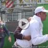 VIDEO Animalisti rubano il cane a un barbone: lui piange disperato