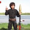 """VIDEO Bambino dell'Isis minaccia Obama: """"ti taglieremo la testa"""""""
