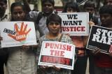 India, 15enne stuprata e filmata da 4 liceali. Video circola in rete