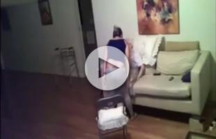 VIDEO Badante picchia anziana di 94 anni, inerme e malata di Alzheimer