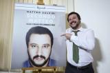 'Il libro più bello dopo le istruzioni Ikea': le critiche a Salvini