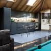 Garage, sottoscala e mansarde: la rinascita di tre classici spazi abitativi nel 21° secolo