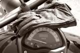Scelta dei guanti moto: questione di precisione