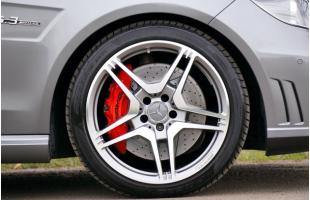 Salone di Ginevra, riflettori sugli pneumatici Yokohama