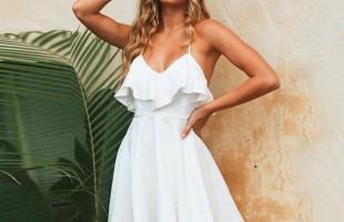 Vestirsi di bianco in estate: perché farlo ed alcuni consigli