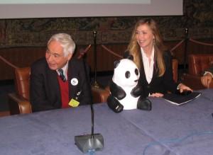 Pratesi e il ministro Prestigiacomo durante la conferenza stampa
