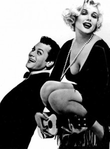 Tony Curtis e Marylin Monroe