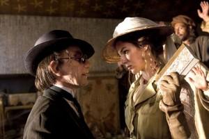 Louise Bourgoin in una cena del film
