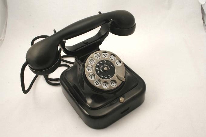 cambio-operatore-telefono-fisso