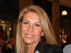 Sarah scazzi deputata pdl indagata per concorso in falso for Parlamentare pdl