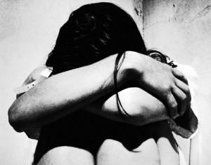 In Gran Bretagna un quattordicenne è accusato di aver stuprato la madre