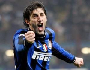 Il gol di Milito contro il Torino