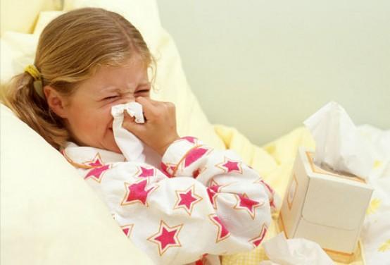 raffreddore bambina