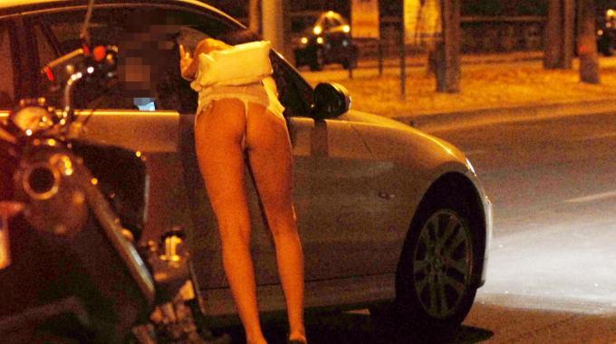 massaggi notturni video con prostituta