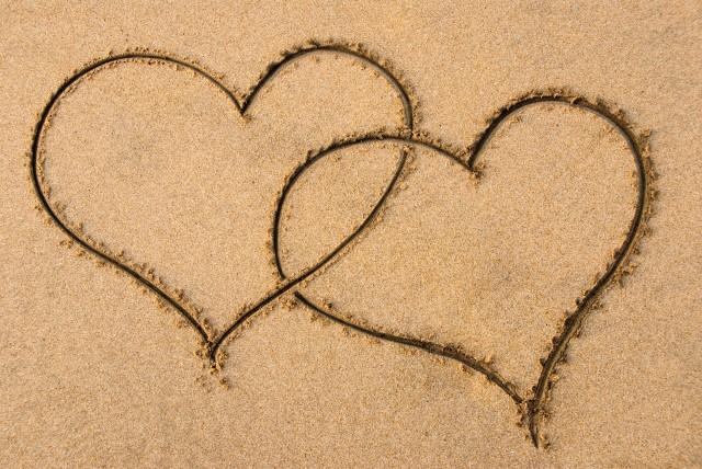 A San Valentino anche mamma e papà possono riscoprirsi coppia...e non terzetto! (foto: donna.befan.it)