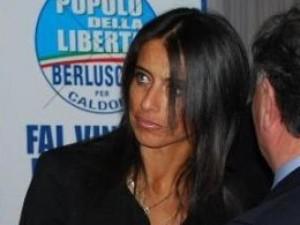 antonia ruggiero tradimento berlusconi (vip.it)