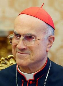 bertone tarcisio cardinale vaticano media conclave