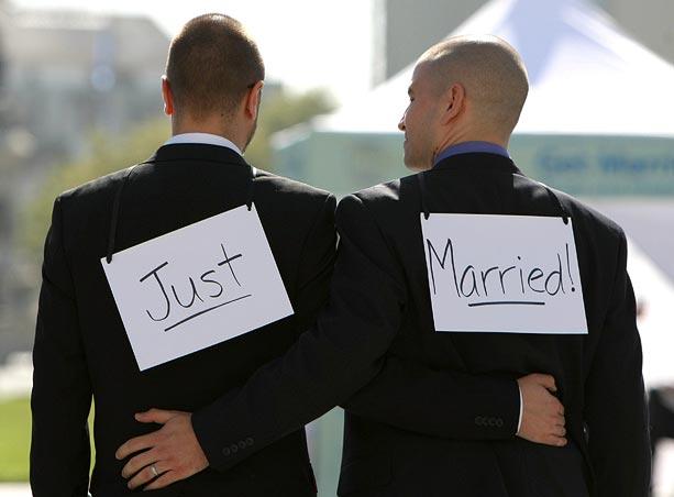 Due gay sposati: in Russia sono da incarcerare e curare