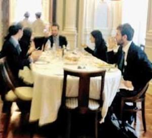 I deputati del movimento 5 stelle pranzano al ristorante for I deputati del pd