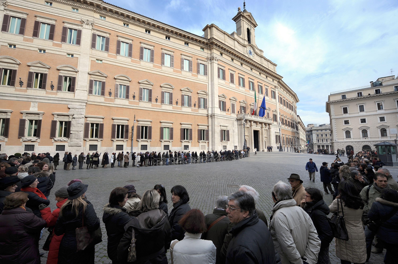 M5s tutti in parlamento ma niente diretta streaming for Diretta da montecitorio