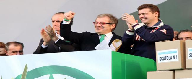 Roberto Maroni, presidente della regione Lombardia: anche lui nella bufera
