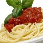 spaghetti pomodoro e basilico, piatto tipico della dieta mediterranea (cristinabargagli.it)