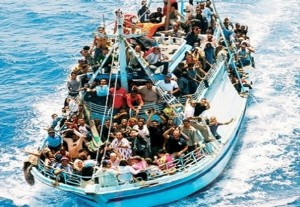 Dei circa 500 immigrati naufragati ieri a Lampedusa, solo 155 sono i superstiti