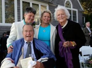 I coniugi Bush con le donne sposate