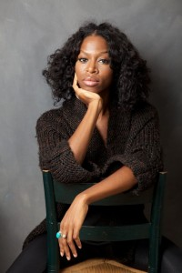 L'autrice Taiye Selasi, foto di Nancy Crampton (internationalfestivalofauthors.files.wordpress.com)