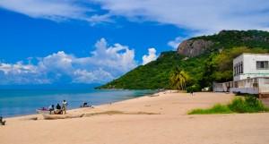 Le magnifiche sponde del lago Malawi, diviso tra tre nazioni: Malawi, Mozambico e Tanzania